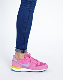 Pink  Nike Internationalist Pink Trainers