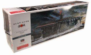 Hasegawa 1/350 IJN Aircraft Carrier Akagi 1941 Toys & Games