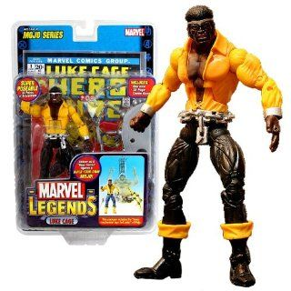 "ToyBiz Year 2006 Marvel Legends ""Mojo"" Series 6 Inch Tall Super Poseable Action Figure   LUKE CAGE with 34 Points of Articulation Plus Lower Mechanical Legs (Left Side) of Mojo, Diorama and 32 Page Comic Book: Toys & Games"