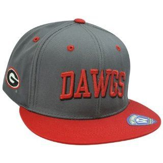 37d0d20d2cc ... NCAA Georgia Bulldogs Dawgs Grey Adjustable Sun Buckle Hunch Flat Bill  Hat Cap   Sports Fan ...