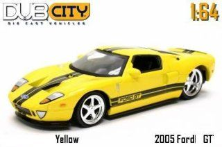 Jada Dub City Yellow 2005 Ford GT with Black Stripes 1:64 Scale Die Cast Car: Toys & Games
