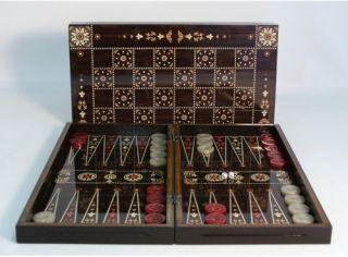 Floral Decoupage Backgammon/Chess Set   Backgammon Sets