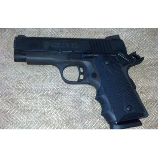 Pearce Grips Gun Fits 1911 Compact Model Rubber Finger Groove Insert : Gun Stocks : Sports & Outdoors