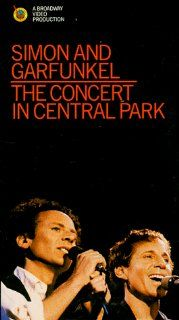 Simon and Garfunkel   The Concert in Central Park [VHS]: Paul Simon, Art Garfunkel, David Brown, Pete Carr, Steve Gadd, John Gatchell, Anthony Jackson, David Matthews, Gerry Newood, Grady Tate, Richard Tee, David Tofani, Michael Lindsay Hogg, James Signore