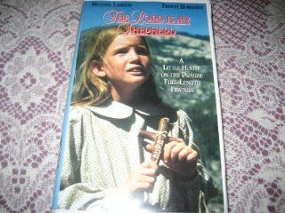 Little House on the Prairie {The Lord Is My Shepherd: Part 1 (#1.13)} [VHS]: Michael Landon, Karen Grassle, Melissa Gilbert, Melissa Sue Anderson, Lindsay Greenbush, Sidney Greenbush, Richard Bull, Dabbs Greer, Kevin Hagen, Scottie MacGregor, Charlotte Ste