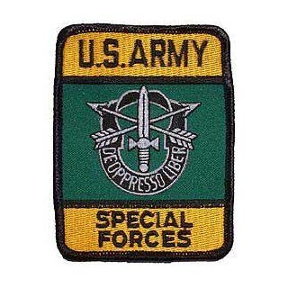 US Military Embroidered Iron on Patch   United States Army Special Forces Collection   Crest Logo w/ Bows & Knives Applique: Clothing
