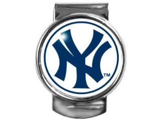 New York Yankees Collectible Money Clip 35MM Sports & Outdoors