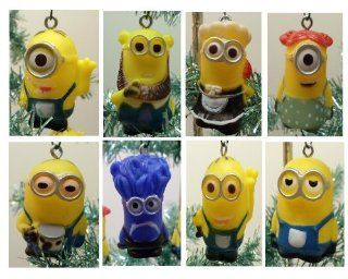 "Despicable Me Holiday Christmas Tree 10 Piece Ornament Set Featuring 2"" Plastic Shatterproof Minion Ornaments: Toys & Games"
