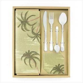Palm Tree Table Napkin and Dinnerware Set: Kitchen & Dining
