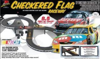 Life Like NASCAR Checkered Flag Electric Slot Car Race Set Toys & Games