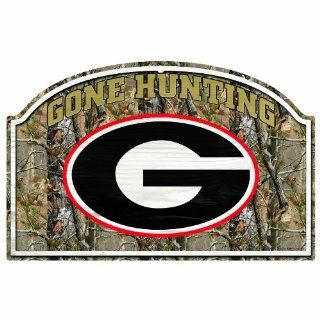 "NCAA Georgia Bulldogs 11 by 17 Inch ""Gone Hunting"" RealTree Camo Wood Sign : Sports Fan Decorative Plaques : Sports & Outdoors"