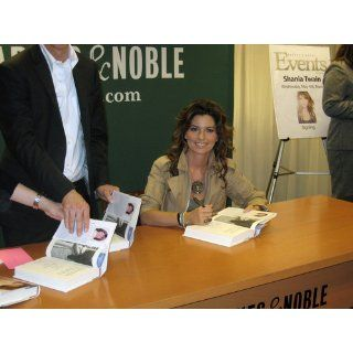 From This Moment On: Shania Twain: 9781451620740: Books