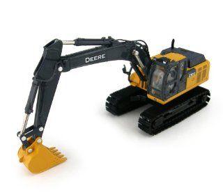 1/50th Prestige Series John Deere 210G LC Excavator: Toys & Games