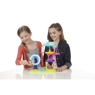 Littlest Pet Shop Playtime Park with Russell Ferguson Playset: Toys & Games