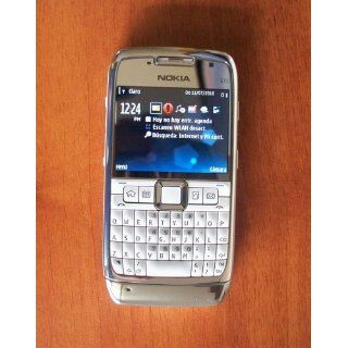 Nokia E71 Unlocked Phone with 3.2 MP Camera, 3G, Media Player, GPS with Free Voice Navigation, Wi Fi, and MicroSD Slot  U.S. Version with Warranty (White): Cell Phones & Accessories