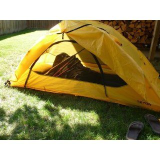 "TETON Sports Outfitter XXL Quick Tent (82""x 39""x 32"", Orange/Yellow) : Family Tents : Sports & Outdoors"