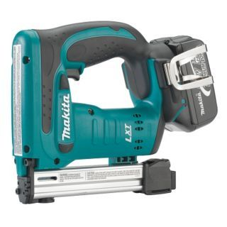 """MAKITA Cordless Stapler Kit, Voltage 18.0 Li Ion, Battery Included, 3/8"""" Crown   Cordless Staplers   4NNH7 XTS01"""