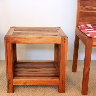 Handmade Teak Slat 18 x 16 x 18 Oak Oil Finished End Table with Shelf