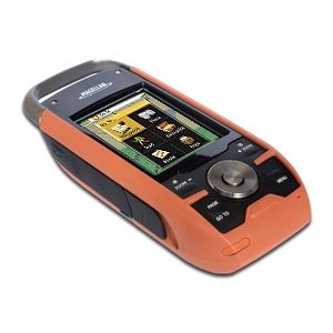Magellan Triton 2000 Handheld GPS   2.7 Touch Screen, 2MP Camera, Voice Recorder, North American Map