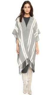 Tejido Herringbone Open Front Poncho SAVE UP TO 30% Use Code: MAINEVENT16