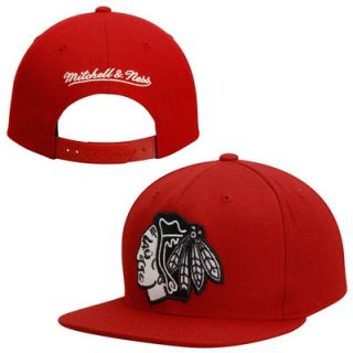 Chicago Blackhawks Mitchell & Ness Logo Series Snapback Hat   Red