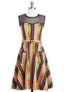 Blogging Molly Dress in Wallpaper  Mod Retro Vintage Dresses