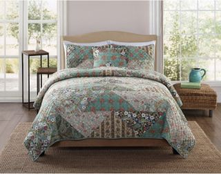 Retro Chic Country Triangle Patch Quilt Set   Bedding and Bedding Sets